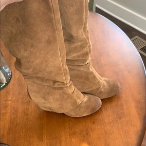 Naughty monkey suede tan boots size 6